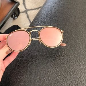 Ray Ban rose gold double bar sunglasses!